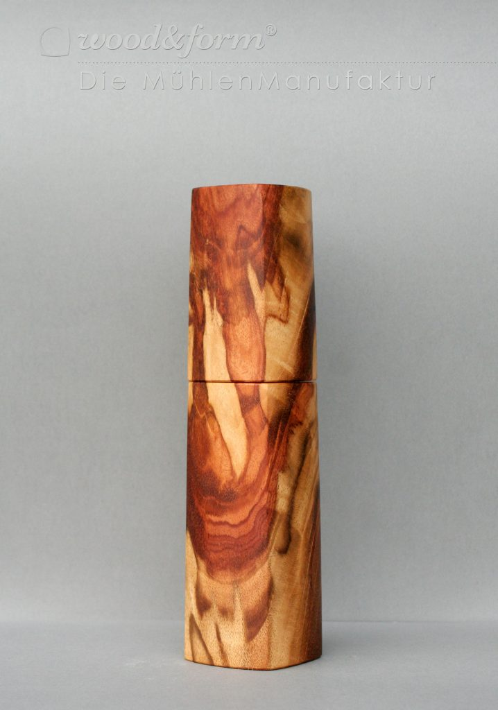 woodandform-tigerwood Hochaufgelöste Fotos für Presse und Druck