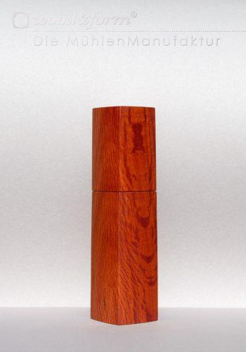 She-Oak Holz Pfeffermühle Salzmühle Woodandform Keramikmahlwerk