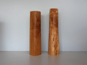 Woodandform Salz- und Pfeffermühlen aus Eichenholz